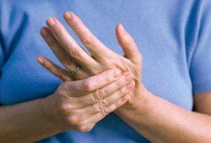 Ощущение покалывания и онемения в пальцах