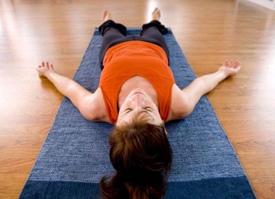 Йога для шеи при остеохондрозе: полезние упражнения