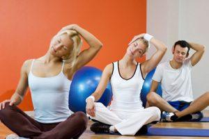 Упражнения при межпозвоночной гриже: комплекс занятий
