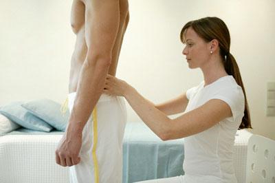 Позвоночная грижа поясничного отдела: симптоми и лечение